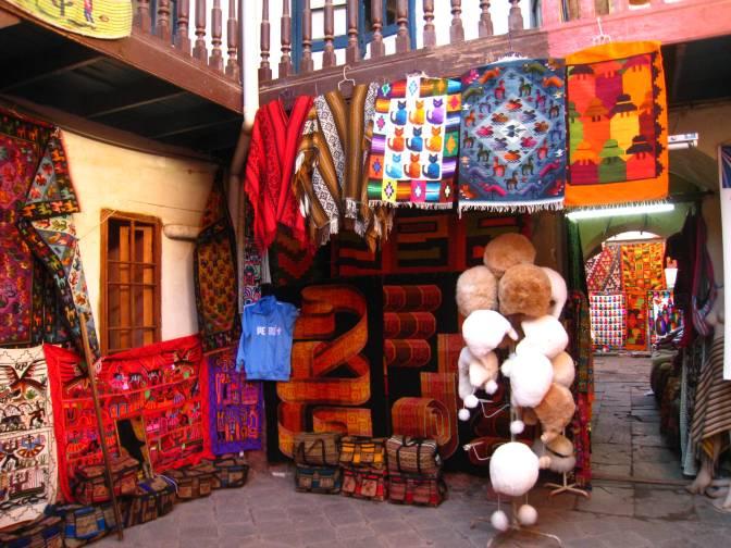 cusco souvenirs peru